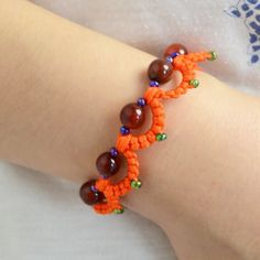 Today's tutorial is aimed at making tatting bracelet pattern, follow me to make tatting with beads patterns now.