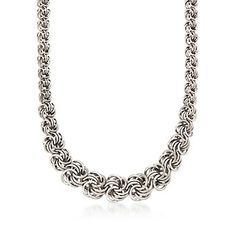 Italian Graduated Sterling Silver Rosette Necklace - Looks like basic 4-in-4 formations connected 2-in-2, which gives it the spread rosette-look