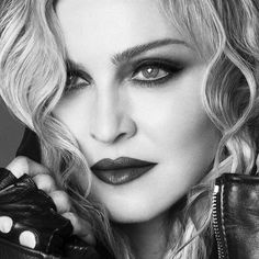Madonna Tattoo, Madonna Hair, Madonna Music, Madonna 80s, Lady Madonna, Madonna True Blue, Best Female Artists, Madonna Photos, Olivia Newton John