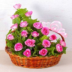 Pretty Pink Rose Basket - Send Valentine roses to India New Baby Flowers, Pretty Flowers, Pretty In Pink, Good Morning Beautiful Flowers, Rose Basket, Beautiful Flower Designs, Rose Arrangements, Outdoor Flowers, Funeral Flowers