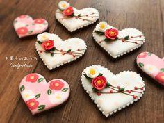 いいね!1,371件、コメント43件 ― アイシングクッキー教室「お菓子のおうち」さん(@okashinoouchi.yuki)のInstagramアカウント: 「新年なので、和デザインのクッキー♡ ばらまき用 椿も可愛く絞れて満足です(*^ω^*) * #instagram #instagood #instafood #icingcookies…」