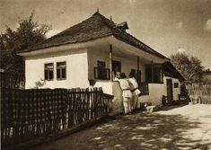 "Traditional houses in rural Romania (case traditionale romanesti) *** Upon arriving in her new home country in the young wife of Prince Carl of Romania noticed in her writings: ""Every R… Romania People, Rural House, White Horses, Traditional House, Old Photos, Interior And Exterior, Countryside, Poster, House Styles"