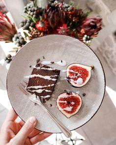 Raw chocolate hazelnut dessert for breakfast?! Umm... yes!  Dessert from @thankgoodnessfoods available at @ozcfarm . . . . #chocolatehazelnut #plantbased #healthydessert #breakfast #capetownfoodies #ozcfarm #rawdessert