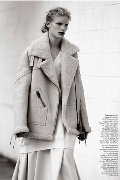 The coat!Oh even a copy would do! :o) visual optimism; fashion editorials, shows, campaigns & more!: the maxi coat: ilse de boer by bruno staub for uk elle october 2013 Camille Over The Rainbow, Peau Lainee, Sheepskin Coat, Masculine Style, Maxi Coat, Collage Vintage, Mode Editorials, Fashion Editorials, Inspiration Mode