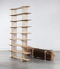 The wood processing industry works according to a fixed pattern: a tree is stripped of its branches and divided into geometric forms. Lex Pott combined these industrial, geometric forms with the orig.