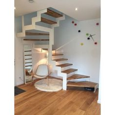 I don't what is that this, however it appears to be like fucking superior! Interior Staircase, Staircase Design, Staircase Metal, Bedford House, Escalier Design, Wooden Stairs, Attic Remodel, House Stairs, Small House Design