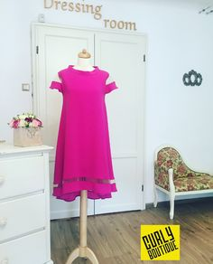 Curly Boutique dress Boutique Dresses, Dressing Room, Curly, Summer Dresses, Fashion, Moda, Walk In Closet, Changing Room, Summer Sundresses