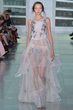Antonio Berardi Spring 2015 Ready-to-Wear - Collection - Gallery - Look 1 - Style.com
