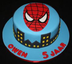 Spiderman cake by leandrabos, via Flickr