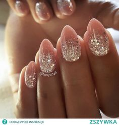 The advantage of the gel is that it allows you to enjoy your French manicure for a long time. There are four different ways to make a French manicure on gel nails. The choice depends on the experience of the nail stylist… Continue Reading → Diy Christmas Nail Art, Christmas Nail Designs, Nail Designs Spring, Nail Art Designs, Nails Design, Trendy Nail Art, Stylish Nails, Uñas Diy, Nails Today