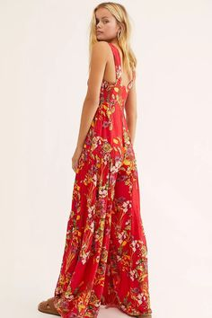 Femme and floral one piece from our FP One collection featuring square neckline and defined shoulder straps in a flowy, tiered silhouette. Cute Sundresses, Floral One Piece, Green Wedding Shoes, 15 Dresses, Crochet Fashion, Jumpsuits For Women, Free People, Clothes, Style