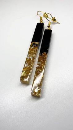 Epoxy Resin Art, Diy Resin Art, Diy Resin Crafts, Wood Resin, Jewelry Crafts, Handmade Jewelry, Jewelry Ideas, Diy Resin Earrings, Resin Jewelry Making