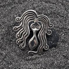 Vintage Brooch Sterling Silver Octopus Brooch by AllAboutSeas Sea Jewelry, Greek Jewelry, Jewelry Art, Brooches Handmade, Vintage Brooches, Handmade Silver, Greek Sea, Octopus Art, Jewelry Collection