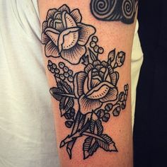 Flowers by Christian Lanouette @christianlanouette #flowers #eastrivertattoo