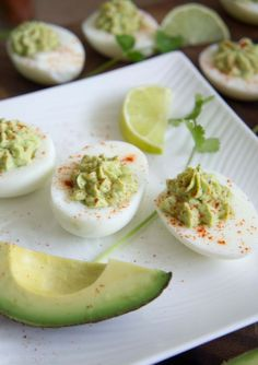 Guacamole Deviled Eggs - fun twist on a classic. No mayo! Would be a fun twist on green eggs and ham. Appetizer Recipes, Snack Recipes, Appetizers, Cooking Recipes, I Love Food, Good Food, Yummy Food, Tasty, Healthy Snacks
