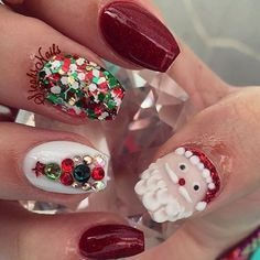 Are you looking for some cute nails desgin for this christmas but you are not sure what type of Christmas nail art to put on your nails, or how you can paint them on? These easy Christmas nail art designs will make you stand out this season. Santa Nails, Xmas Nails, Christmas Nails, Christmas Christmas, Christmas Pictures, Holiday Nail Art, Christmas Nail Art Designs, 3d Nail Designs, Nails Design