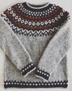 Knitting For Kids, Knitting Socks, Knitting Needles, Baby Knitting, Knitting Designs, Knitting Projects, Knitting Patterns, Icelandic Sweaters, Knitted Bags