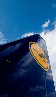 Lufthansa by PW74, via Flickr