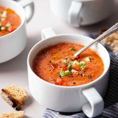 Authentic Gazpacho Recipe, Food Mills, Roma Tomatoes, All Vegetables, Soups And Stews, Soup Recipes, Favorite Recipes, Yummy Food, Lunch