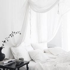 Dream Bedroom, Home Bedroom, Bedroom Decor, Master Bedroom, Interior Design Inspiration, Room Inspiration, Decor Scandinavian, Ideas Hogar, Minimalist Bedroom