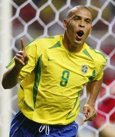 Ronaldo El Fenomeno. mejro delantero de toda la historia