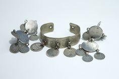udmurt traditional earrings and mari traditional bracelet. Photographer: Aldo Luud (Estonia)