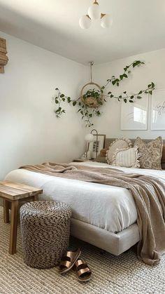 Room Design Bedroom, Room Ideas Bedroom, Home Decor Bedroom, Scandi Bedroom, Bright Bedroom Ideas, Neutral Bedroom Decor, Earthy Bedroom, Light Bedroom, Bohemian Bedroom Decor