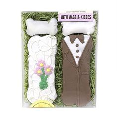 With Wags & Kisses - Bride & Groom Bones by Bubba Rose Biscuit Company