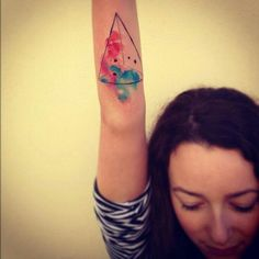 This watercolor tatoos are really amazing!