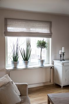 - Best ideas for decoration and makeup - Window Treatments Living Room, Living Room Windows, Condo Decorating, Modern Cottage, Living Room Remodel, Curtains With Blinds, Family Room, Sweet Home, Interior Design