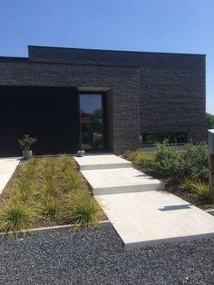 Garden Pool, Garden Landscaping, Garden Design, House Design, Backyard Water Feature, Natural Garden, Facade House, Back Gardens, House Goals