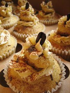 """Tiramisu Vegan Cupcakes  ---""""This looks so tempting and  yummy"""""""