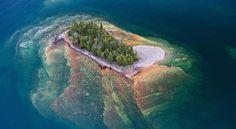 Странный остров