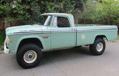 1968 Dodge Power Wagon W200 3/4 Ton 4WD