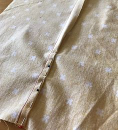 Tutorial: Flat Felled Seam - Itch To Stitch Flat Felled Seam, Easy Sewing Patterns, Sewing Ideas, Stitch Lines, French Seam, Sewing Projects For Beginners, Learn To Sew, Sewing Techniques, Dressmaking