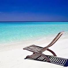 #beachthursdays Bahamas