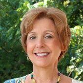 Debbie Reynolds, Your Dedicated Clarksville TN Real Estate Agent (Berkshire Hathaway HomeServices PenFed Realty, Your Clarksville Real Estate Professional)