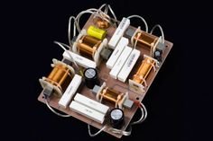 Example of a Loudspeaker Crossover Circuit Electrical Circuit Diagram, Audio Speakers, Little Boxes, Loudspeaker, Crossover, 3d Printing, Guitar, Geek, Technology