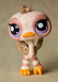 Littlest Pet Shop #945 FEATHERED OSTRICH LPS Postcard Pet HASBRO #Hasbro