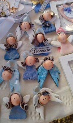 angels: angels: The post angels: appeared first on Salzteig Rezepte. Angel Crafts, Xmas Crafts, Christmas Projects, Diy And Crafts, Crafts For Kids, Clay Christmas Decorations, Polymer Clay Christmas, Polymer Clay Crafts, Christmas Ornaments