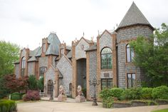 Barclay Villa, North Carolina, USA Blue and White Garden Wedding | Fab You Bliss