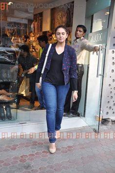 Bollywood Photos, Bollywood Fashion, Bollywood Actress, Diva Fashion, Fashion Outfits, Parneeti Chopra, Huma Qureshi, Pakistani Wedding Outfits, Jean Top