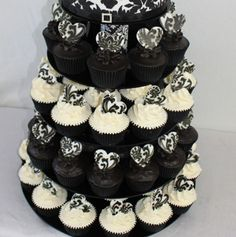 White Cupcakes Black 21 Hilly S 21st Pinterest Birthdays And Polka Dot Birthday