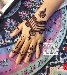 Untuk sebarang pertanyaan atau tempahan henna wedding sila wasapkan butiranya spt;;; . NAMA TARIKH BERINAI LOKASI BERINAI . 0183787491 0183787491 0183787491 . Kunjungi Booth areen di UPTOWN DANAU KOTA SETAPAK KL.. tapak no 189&190 area dpn jualan makan lamaberdekatan snooker TOP10 atau restoran cina tong jieng.. . #areenhennaart #hennadesigns #hennainspire #henna  #hennatattoo #hennaart #hennadesign #inaimerah #inaikerawang #inai #inaihomemade #inaipengantin #inaimurah #inaxihalal…