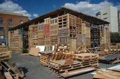 pallet building