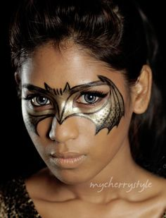 """""""Bat Your Eyes"""" makeup tutorial inspired by The Dark Knight Rises!"""