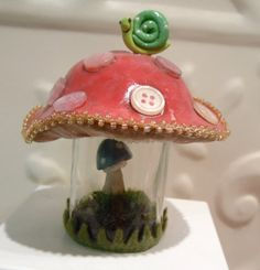 Mushroom Terrarium Red Amanita with Blue amanita by workofwhimsy Clay Figurine, Altered Bottles, Glass Containers, Clay Creations, Fungi, Glass Bottles, Girly Things, Polymer Clay, Stuffed Mushrooms