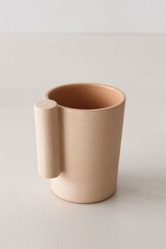 How people hold cups inspired the Kop handle.