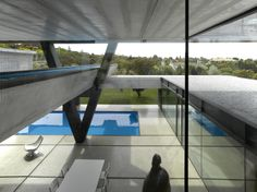 Mind boggling Cantilevered Infinity Pool within ultra contemporary residence. Contemporary Architecture, Interior Architecture, Museum Of Modern Art, Pool Designs, My Dream Home, New Art, Swimming Pools, New Homes, House Design