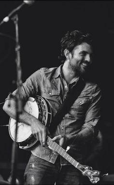 The banjo player... ❤️